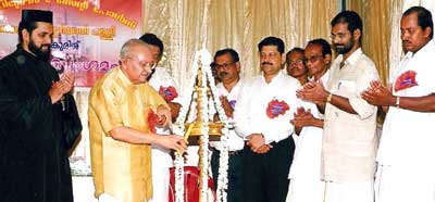 Yesudasan inaugurates St Peters and St Pauls meet.